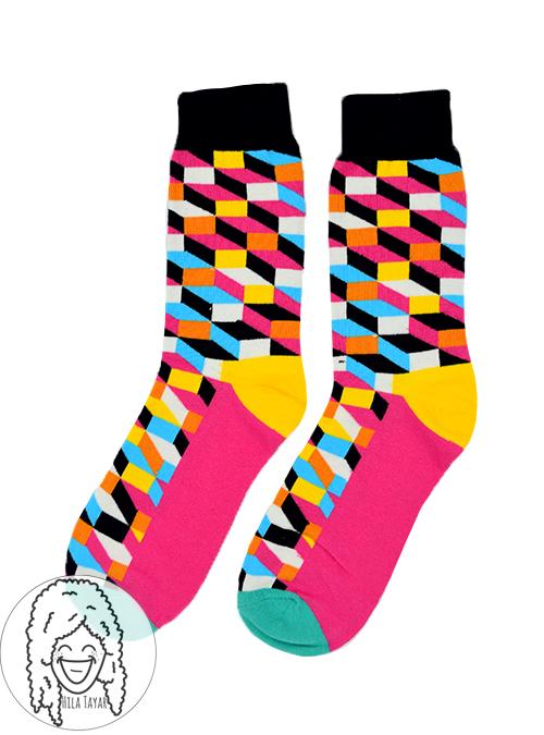 גרבי קוביות צבעוניות